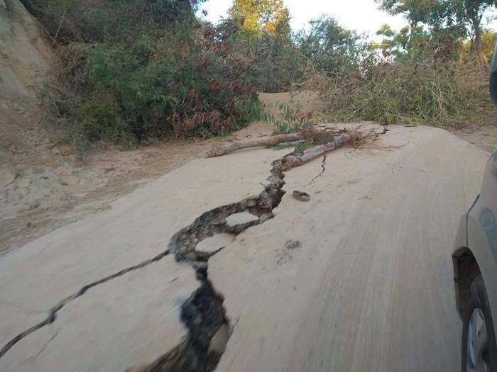 지진 2.jpg