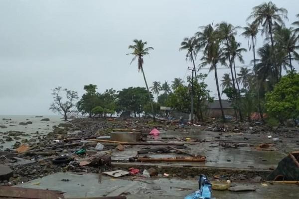 tsunami-banten-13-58404e7bf46b12be808e12311eef9457_600x400.jpg