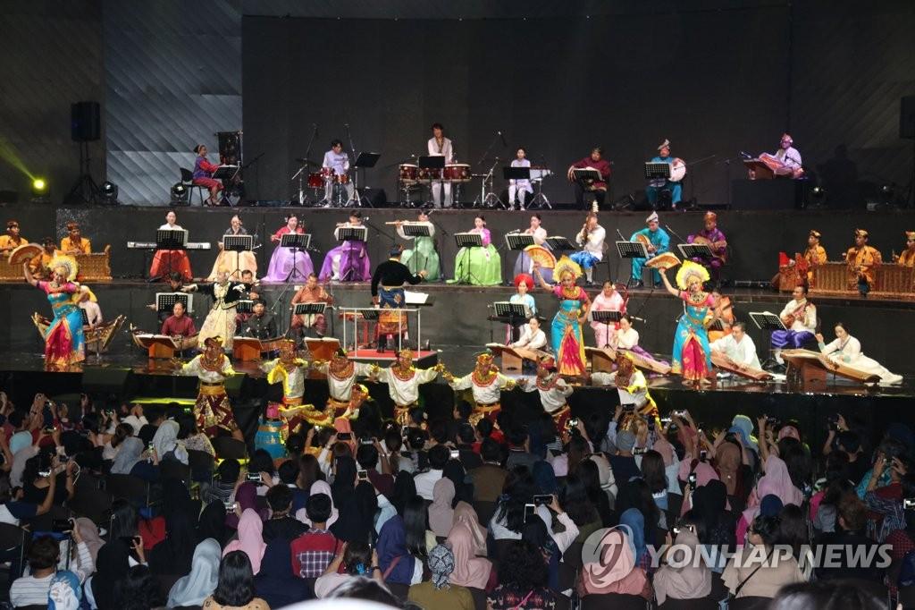 7일 한아세안대화관계 연주회1.jpg
