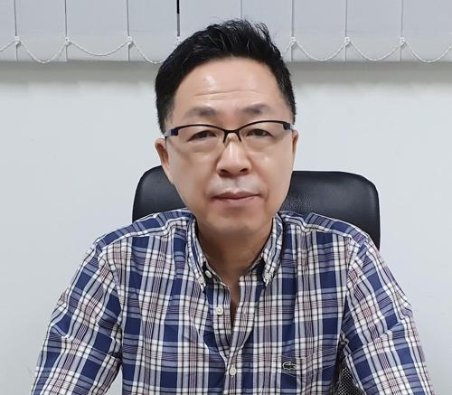 18일 깔리만딴 한인회 정성화 회장.jpg