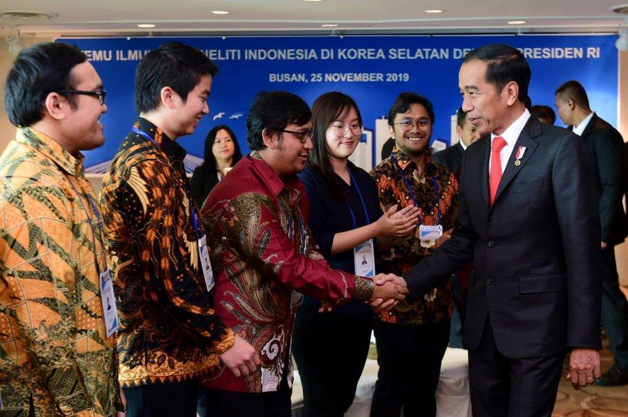 5일 조꼬위 인도네시아 과학자.jpg