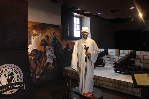Fatahillah Prince at Maritime Museum photo by Sagong Kyung.JPG