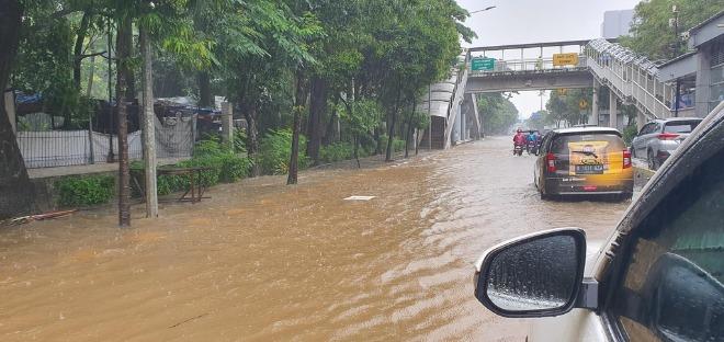 홍수2.jpg